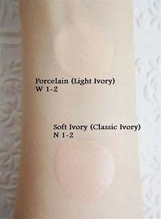 Stretch Concealer Light Vs Medium L Oreal True Match Lumi Healthy Luminous Makeup True