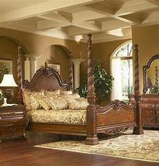 Bed With Posts Homethangs Introduces A Guide To Ornate Antique Beds