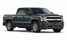 2017 chevy silverado vs 2017 ram 1500 which truck is best
