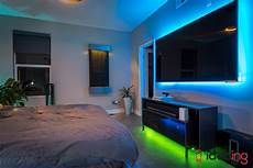 Philips Hue Light Connect To Tv 7 Ideas To Use Philips Hue Lightstrips 2019