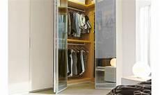armadio con cabina spogliatoio armadi battenti con spogliatoio napol reflex