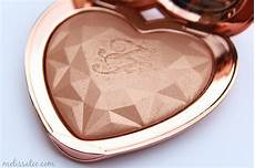 Too Faced Ray Of Light Highlighter The Blushing Introvert Too Faced Love Light Prismatic