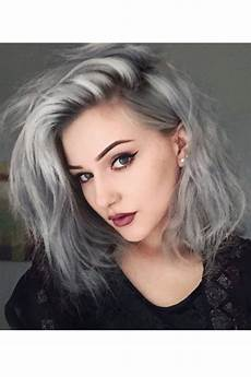 grey hair looks and an easy tutorial that will you