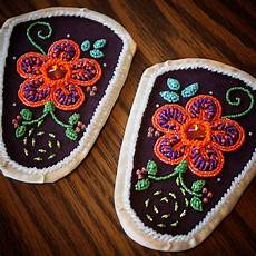 iroquois raised beaded moccasin vs from akwesasne by