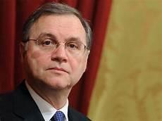 governatore d italia nomina governatore della d italia gran