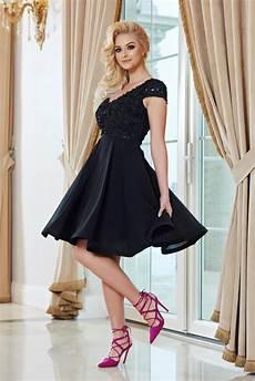 modele de rochii rochie starshiners neagra de ocazie in clos din voal cu