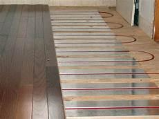 riscaldamento a soffitto costo riscaldamento a pannelli radianti brescia impianto