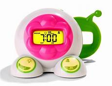 utilizing wakeup clocks for toddlers to stay in bed with