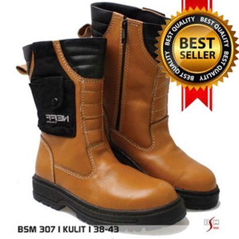 Sepatu Boot Levis Original jual sepatu boot kulit original safety pria sepatu kulit