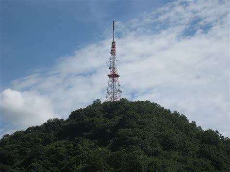radio tower file maedayama north radio tower 4 jpg wikimedia commons
