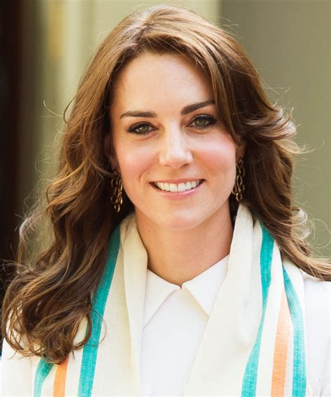 see every single hairstyle kate middleton wore on her trip