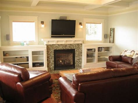 Tv And Fireplace In Living Room by Tv Fireplace Sconces Builtins Place Entertainment