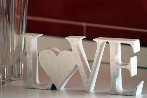 lettere in legno brico oltre 25 fantastiche idee su bricolage con lettere in