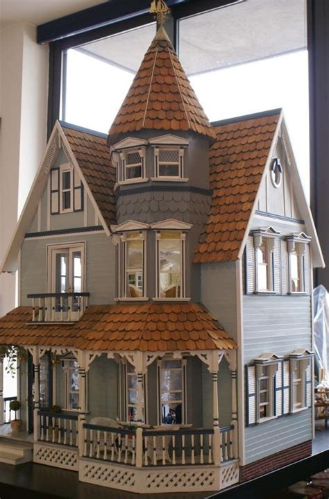 dolls house doll best 25 victorian dollhouse ideas on pinterest doll houses dolls and dollhouses
