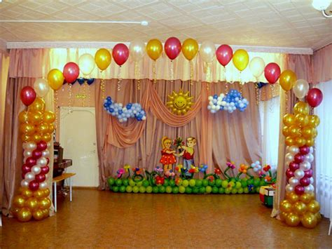 9 easy cost effective ways to decorate your dorm room top 10 creative and crazy ways to use balloons