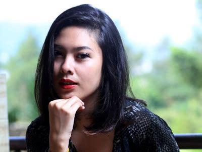 film gania pengalaman gania alianda hadapi fans cowok jahil saat manggung