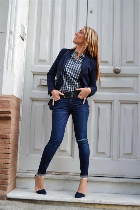 de moda blazer azul marino camisa de vestir blanca pantalon de blazer azul marino zara jeans azules style donna