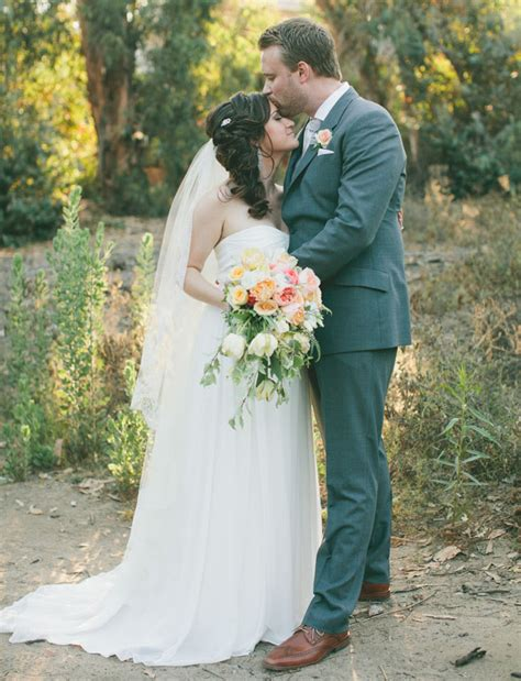 braut englisch english garden inspired backyard wedding amy brian