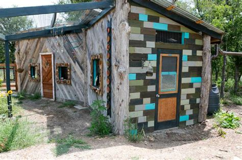 tiny houses in austin are helping the homeless but it austin homeless village featuring tiny homes offering