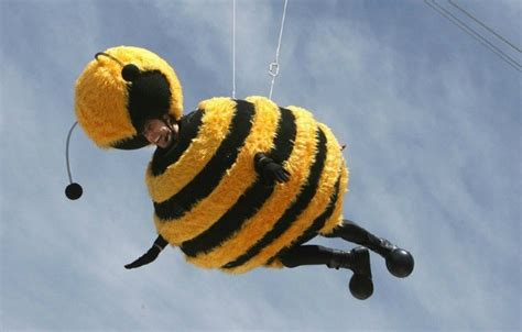 Stylefoul Jerry Seinfeld In Bee Costume by 10 Of The Best Stunts At Cannes