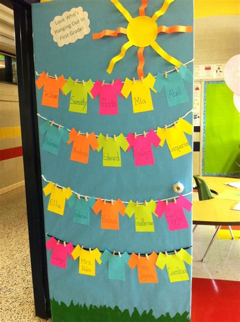 Preschool Door Decorations by 25 Best Ideas About School Doors On Classroom Door School Door Decorations And