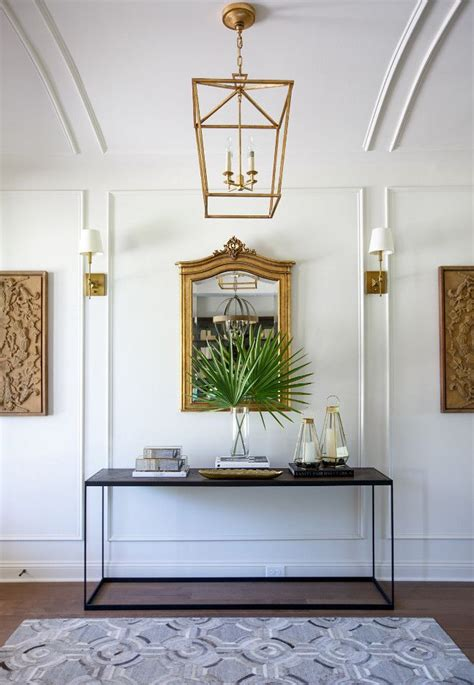 wall  ceiling detail sherwin williams shoji white
