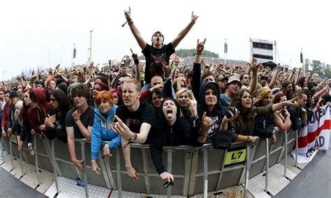 phoenix fan fest promo code police scan faces of all 90 000 revellers at the download