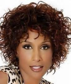 which hair style is suitable for curly hair medium height cute curly hairstyles for black women this year