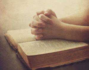 orando la biblia 1433691884 estudiando la biblia salvo x gracia