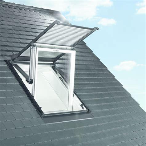 volet fenetre de toit 1933 volet roulant 233 lectrique ou solaire pour fen 234 tre de toit