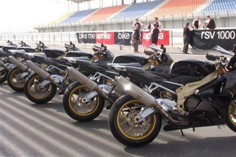 Motorrad Aprilia Rsv 1000 R Factory by Motorrad Berichte F 252 R Aprilia Rsv 1000 R Factory Rsv