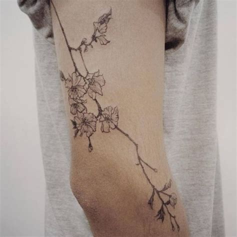 fine lines tattoo 25 best ideas about line tattoos on