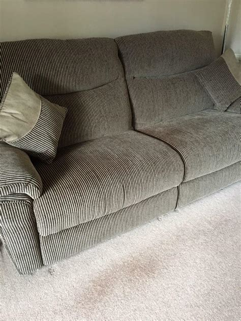 Lazy Boy Power Reclining Sofa by Lazy Boy 3 Seater Sofa 2 Power Recliners In Langley