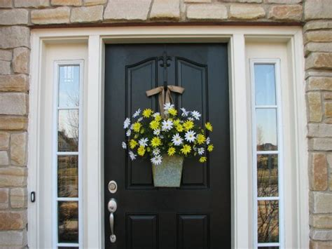 Country Cottage Front Doors by Country Cottage Decor Front Door Wreath Yellow Daisies