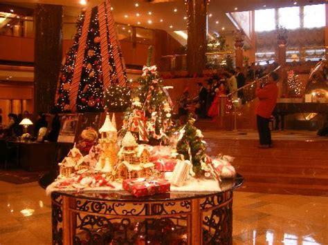 hotel lobby christmas decorations lobby decorations picture of yokohama bay sheraton hotel and towers yokohama
