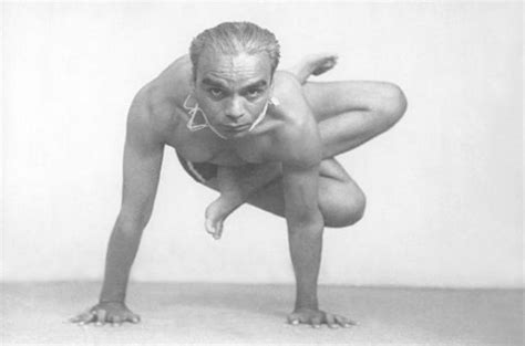 bks iyengar yoga the b k s iyengar speakzeasy