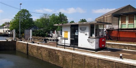 thames lock brentford thames lock brentford canal river trust