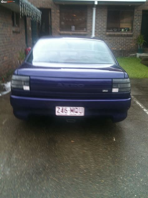 holden aero 1990 holden commodore vn aero boostcruising