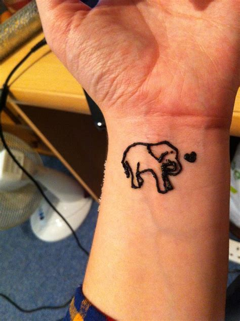 elephant henna tattoo love it my first go at henna