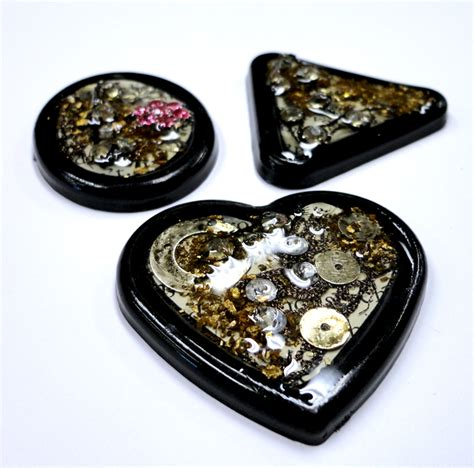jewelry resin resin crafts jewelry resin and buttons