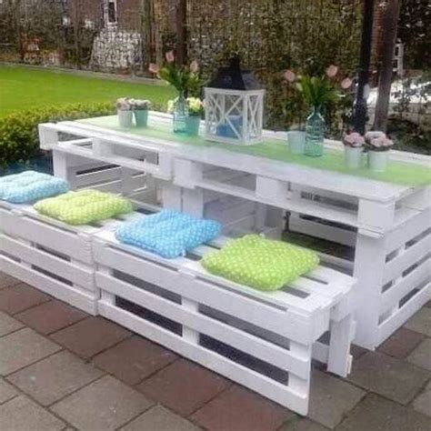 smart school house the coolest pallet projects on pinterest princess pinky girl