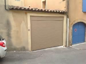 porte de garage enroulable avec moteur somfy c2m avignon