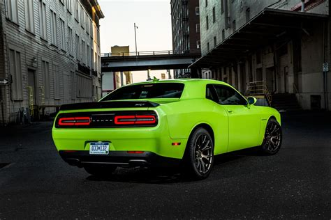 2015 Dodge Challenger SRT Hellcat Configurator Launches