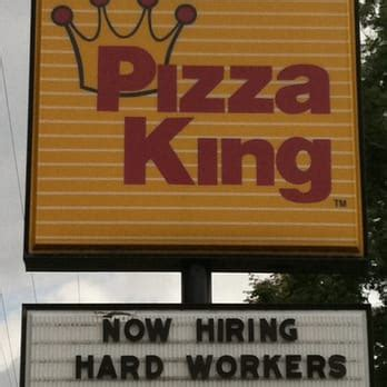 table pizza king road pizza king 14 reviews pizza 4226 bluffton rd fort