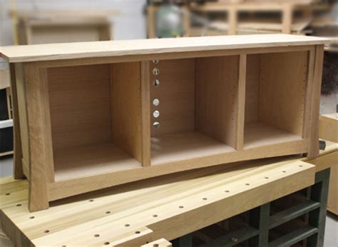 simple bench blueprints   build  flat screen tv