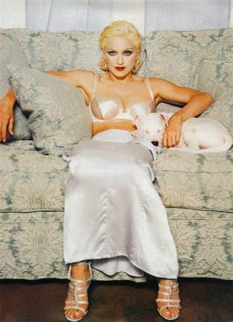 Madonna For Hm Surfaces by Madonna Le 25 10 1994 Sortait L Album Quot Bedtime Stories