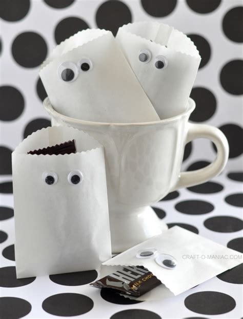 Paper Bag Ghost Craft - paper ghost favor bags