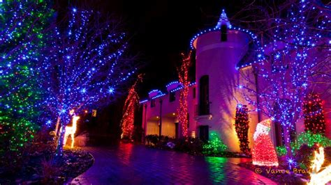 amazing lights on houses tis the season to show your amazing lights