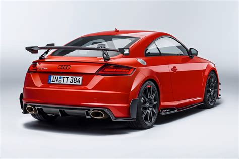 audi sport performance parts serve up wings and hotter