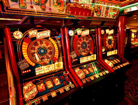 fruit machine uk fruit machines in the uk